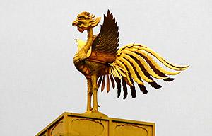 鹿苑寺金閣屋上の鳳凰像